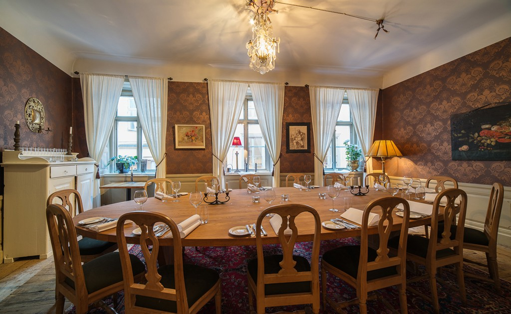 Royal dining room